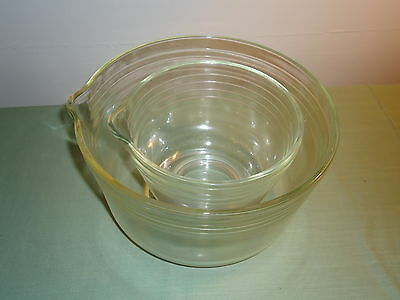 2 Old Ribbed Clear Glass Mixing Bowls With Pour Spouts Lot