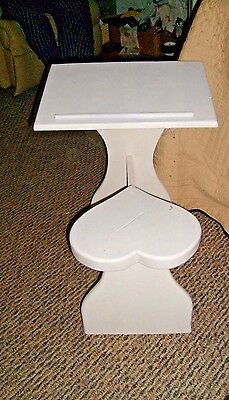 Xrare-Vintage 1950's Handmade Child Pine Wood Heart Seat Desk Table-Excellent!