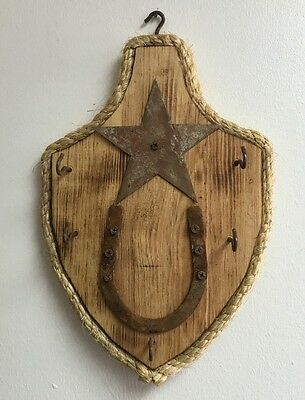 Rustic Handcrafted Wooden Used Horse Shoe KEY HOLDER Five  Hooks , Star detail