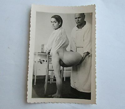 c.1930 ANTIQUE SHOCKING MEDICAL ODDITY TERRIBLE CASE REAL PHOTO PHOTOGRAPH   N3