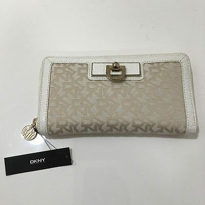 DKNY Heritage With French Grain Leather Trim Wallet Hemp/White Brand New W/ Tag