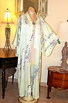 Stunning Vintage Pure Silk Mint Green Floral  Japanese Long Kimono Robe