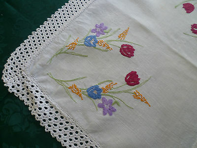 Vintage Hand Embroidered Floral Large Doiley With Cream Hand Crocheted Edge