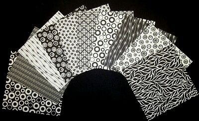 "Mono BLACK & WHITE  Scrapbooking/Cardmaking Papers x 10 *15cm x 15cm** (6"" x 6"")"