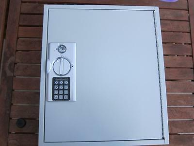 New Electronic Key Storage Cabinet Holds 120 Keys & Tags Wall Mount Steel Design