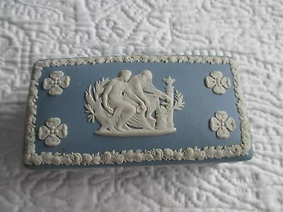Vintage Blue White Wedgwood Covered Rectangular Trinket Jewelry Box Greek Image