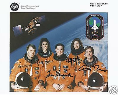 Space Shuttle Sts-70 Fully Signed Nasa Crew Photo - Uacc - Astronaut Autograph