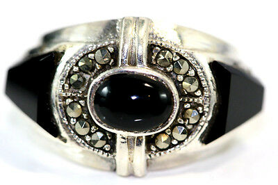 B830 Onyx Sterling Marcasite Ring 5.5g 925 size 7