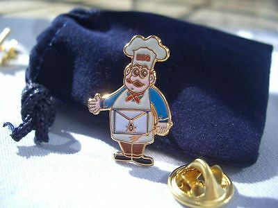 Masonic Bro Barbeque BBQ Chef Cook Out Picnic Lapel Pin Plus Gift Pouch