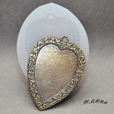 Heart - Silicone Flexible Push Mold Polymer Clay Fimo Mould Frame Pendant