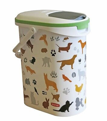Curver Dry Pet Food Storage Container with Pouring Lid and Carry Handle - 4kg