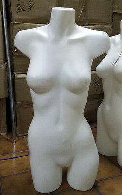 (USED) MN-AA18 White 3/4 Female Torso Round Plastic Mannequin Form - Made in USA