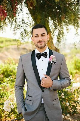 Light Gray Wedding Mens Suit With Black Shawl Lapel hand Tailored Groom Tuxedos