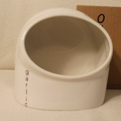 Wade Ovation Contemporary Kitchenware Garlic Keeper Pot New in Box