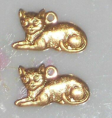 #658S Vintage CAT Charms Stamping Finding Brass Kitten Jewelry Gold Plated NOS