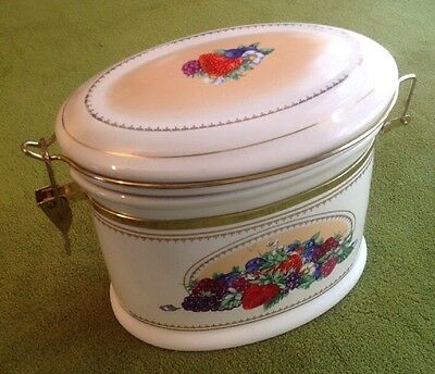 Knotts Berry Farm Oval Ceramic Cookie/Storage Canister, Berry Design Hinged Lid
