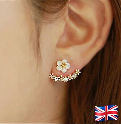Fashion Women Elegant Crystal Rhinestone Pin Stud Daisy Flower Earrings Jewelry