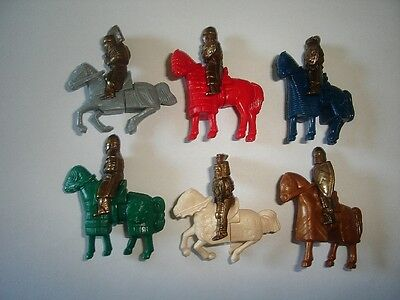 Metal Figurines Set - Knights With Horses Brass - Kinder Surprise Miniatures