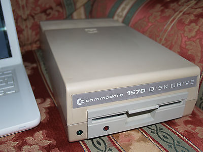 Commodore 1570 disk drive boxed vintage computer