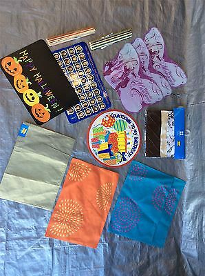 Wholesale Lot of Assorted Table Runners,Placemats & More Approx. 95 PCS