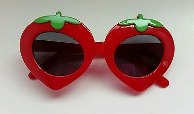 Gymboree Strawberry Farms Sunglasses Size 4-7 4 5 6 7 Red Vintage Girls