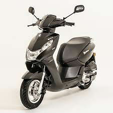 Peugeot Kisbee 100cc scooter brand new and unused