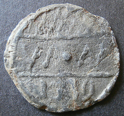 """Hop or maybe communion lead token - dated 1719 - """"TC"""" & """"WW"""" - 5.97g max. 24.5mm"""