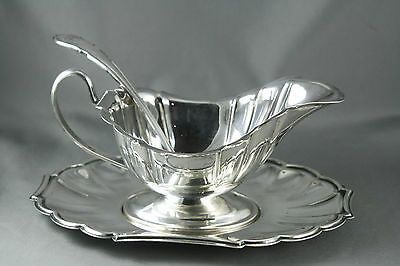 Vtg Silver Plated Gravy Sauce Boat Tray and Majestic Plate Ladle Monogrammed B