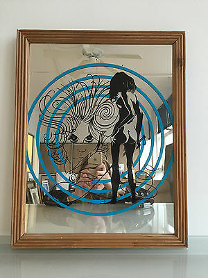 Femme Fatale Kitsch Mirror - Graphic Style - 70's Inspired Quirky Interior - Vr