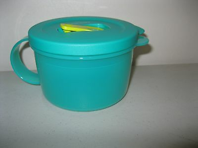 TUPPERWARE ~ CrystalWave 2 CUP MICROWAVABLE SOUP MUG ~ GREEN ~ NEW