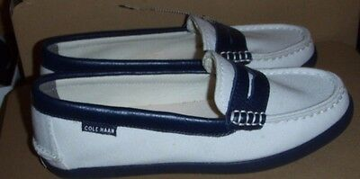 39c3a32139e Cole Haan Pinch Maine Classics 6B GRAND. OS White Navy Canvas Slip On Loafer
