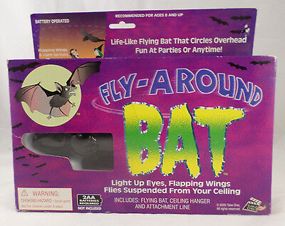 Fly Around Bat Life Like Flapping Wings Light Up Eyes NIB