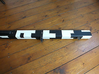 1 piece Leather Slimline snooker / pool cue case.