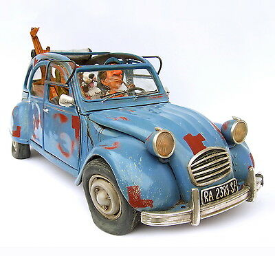 "GUILLERMO FORCHINO - ""The Bohemian - ENTE - 2CV"" - Comic Art Skulptur - FO85066"