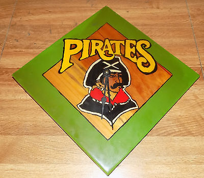 Pittsburgh Pirates Hand Painted Clock (Nice Wall Hanger)