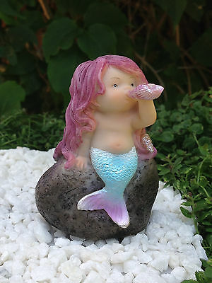 Miniature Figurine FAIRY GARDEN ~ Little Mermaid Playing with Shell ~ NEW