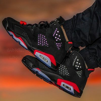 Dead Stock Authentic Nike Air Jordan Retro 6 VI Black Infrared - Size 8.5 US