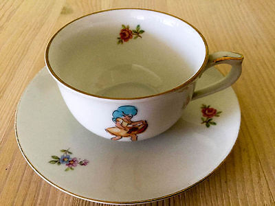 Hacefors Vintage kofe Cup hand painted Sly girl , 40s-50s RARE   3590