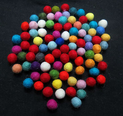 FB2 Hand Crafted Collectible 1cm 100pc multicolor wool Felt Ball gift Decorative