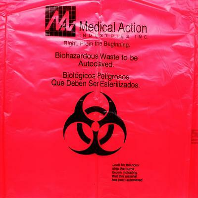 Autoclavable Biohazard Waste Bags Box of 100 31in x 38in 2ml