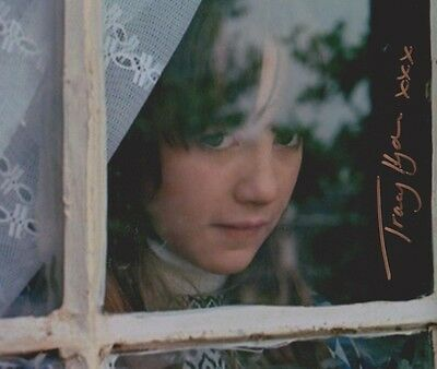 Tracy Hyde Signed Photo - MELODY - Starring Mark Lester & Jack Wild - RARE G512