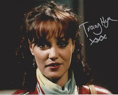 Tracy Hyde Signed Photo - MELODY - Starring Mark Lester & Jack Wild - RARE G513