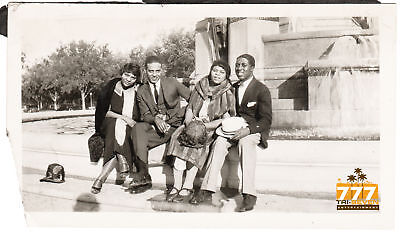 Antique African American Group of Friends Old Photo Black Americana HS79