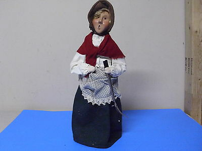 Byers Choice Williamsburg Doll Figure Lady Holding Garden Tool 2000