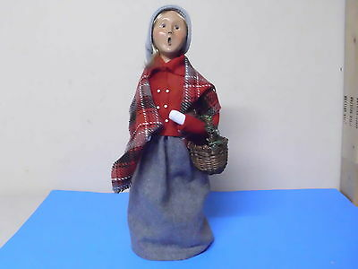 Byers Choice Williamsburg Doll Figure Lady Holding Basket 2002