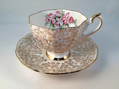 Fine Bone China Tea Cup and Saucer Gold Filigree Pattern and Floral #5716 VTG