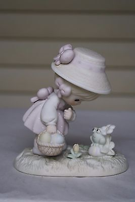 "Precious Moments Figurine "" HOPPY EASTER FRIEND"" #521906 1990 P-11"
