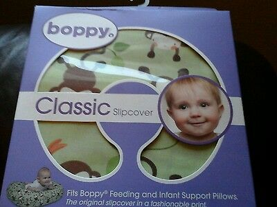 Boppy classic slipcover 0-12 months green with monkeys