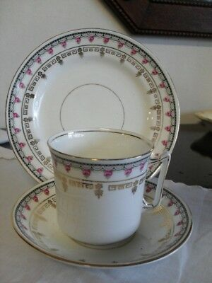 Tazza Antica Da Te In Porcellana  + Piattino Dolce / Trio Inglese In Bone China