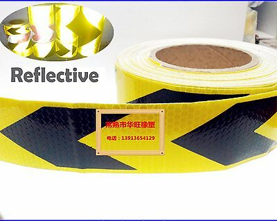 25m 5cm Arrow Pointing Type Reflective Film Light Reflecting Protective Traffic